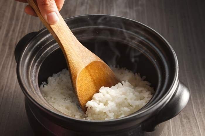 imagen explicando como hacer arroz blanco peruano