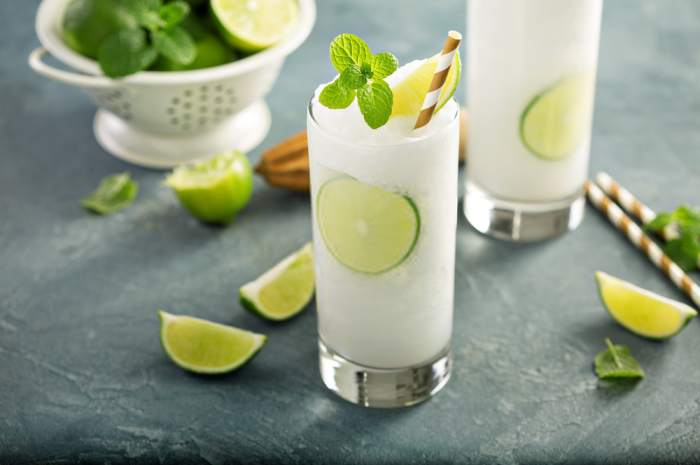 imagen vaso con limonada frozen