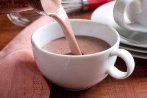 imagen taza de chocolate caliente o chocolate navideño