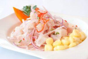 imagen plato de ceviche peruano