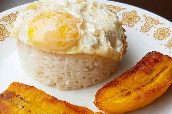 arroz a la cubana peruano imagen