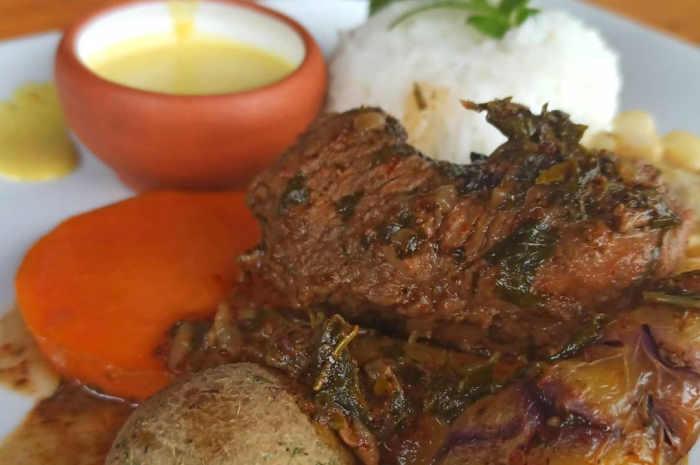 imagen de plato de huatia